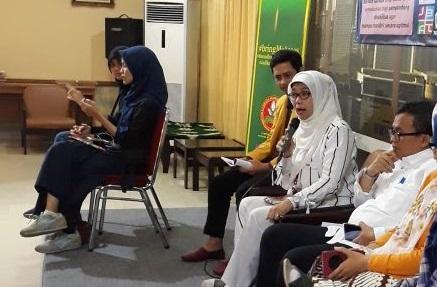 Pemapran KPAI tentang Mudik Ramah Anak dan Disabilitas, dengan didampingi Penerjemah Bahasa Isyarat